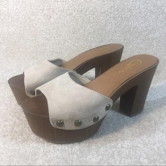 0b172c57b3e976 Candie s Shoes - Candies Wood Bottom Platform Clog Mules sz 6